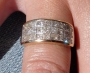 Impresionante anillo de oro con 2 quilates en diamantes