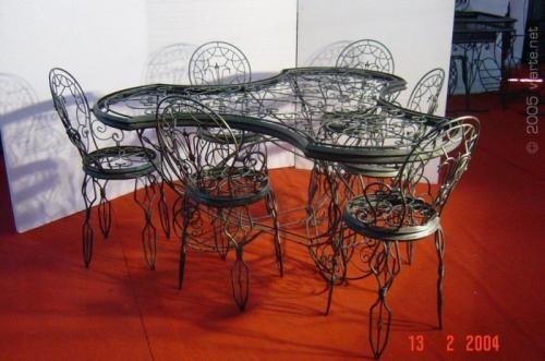 Mesa aristica em hierro 6 cillas pode ver na wb www.viarte.net