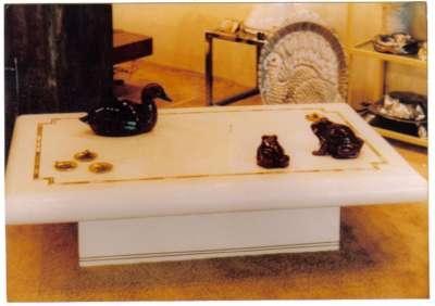 Fotos de mesas y muebles de lujo alicante muebles for Muebles lujo madrid