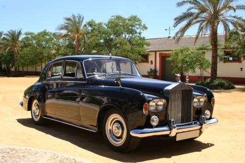 Coches de bodas en sevilla. coches rolls royce para bodas. coches clasicos antiguos y modernos para vuestra boda