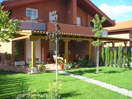 Casas prefabricadas madera pergolas de madera asturias - Pergolas y porches ...