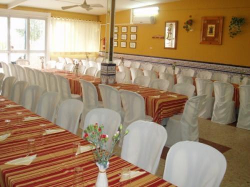Fotos de locales celebracion bautizos comuniones bodas for Oficina western union sevilla