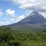 Volcanes y Playa en Costa Rica