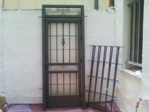 Cancelas de hierro de segunda mano puerta cancela with for Puertas correderas exteriores segunda mano