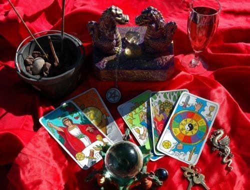 Tarot y astrologia 15? 20minutos 20? 30minutos