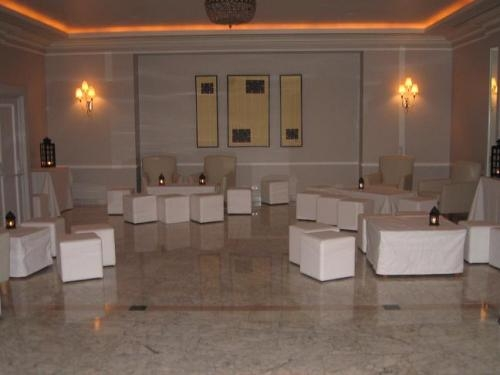 Fotos de alquiler de muebles chill out madrid muebles for Alquiler muebles madrid