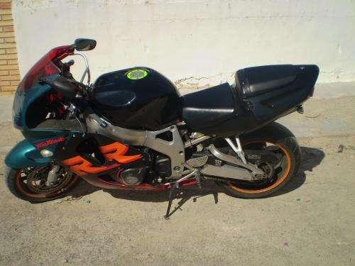 Fotos de Moto cbr  900   rr  del  99 1