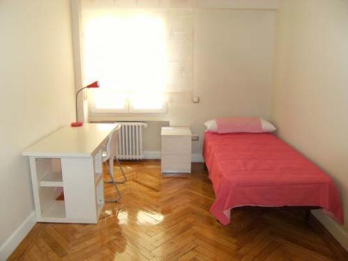 Piso compartido en madrid alquiler de habitaciones share the knownledge - Alquiler de habitacion madrid ...