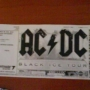 una  entradas de  AC DC