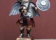 Escultura del Arcangel Miguel con plata