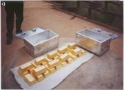 de oro puro de la calidad en cifras brutas 22 + quilates y