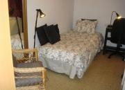 Alquiler de bonita habitación con baño a CHICA ? Sagrada Familia
