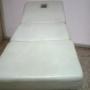 Camilla blanca de masaje de 3 cuerpos