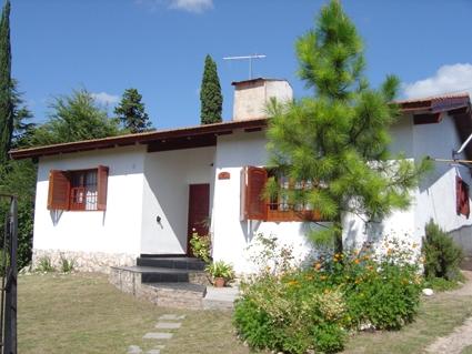 Alquilo hermosa casa en valle hermoso -córdoba