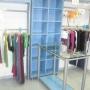 Se vende mobiliario de tienda de ropa completo