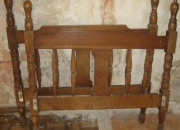 Dormitorio doble de madera maciza