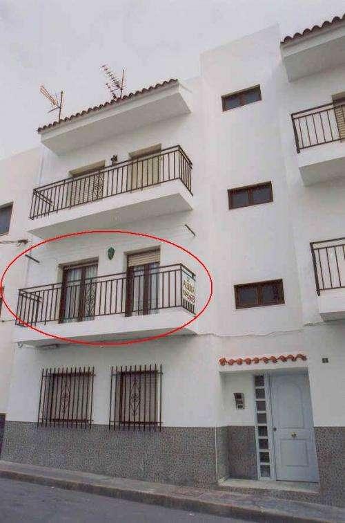 Vendo piso 3 dormitorios amoblado 50 mt de la playa carboneras
