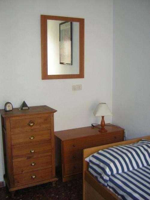 Alquilo habitación en sevilla, casco antiguo.