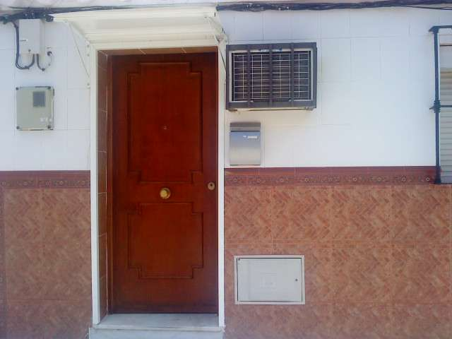 Se alquila casa amate-cerro (sevilla)