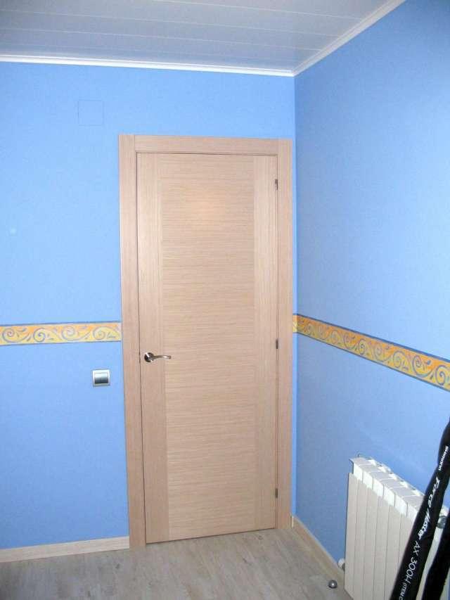 Puertas de interior en barcelona venta de puertas share for Puertas interior baratas madrid