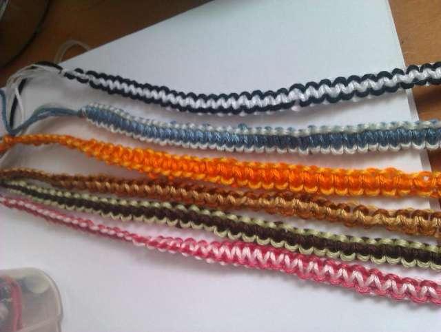 pulseras hechas a mano de hilo