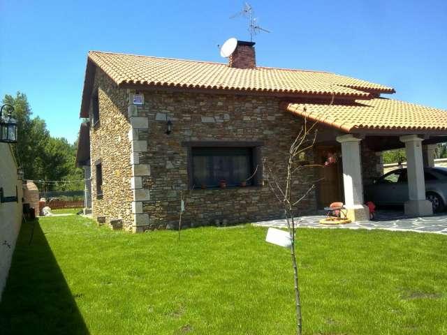 Casas con fachada de piedra fachadas de casas - Fachadas piedra natural ...