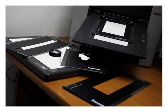 Digitalización profesional película fotográfica.