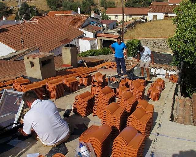 Ondulines y colocacion de tejas tejeros o tejadores