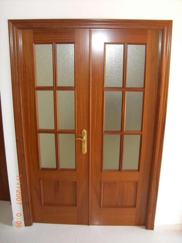 Vendo puertas madera color sapelly en muy buen estado de ...