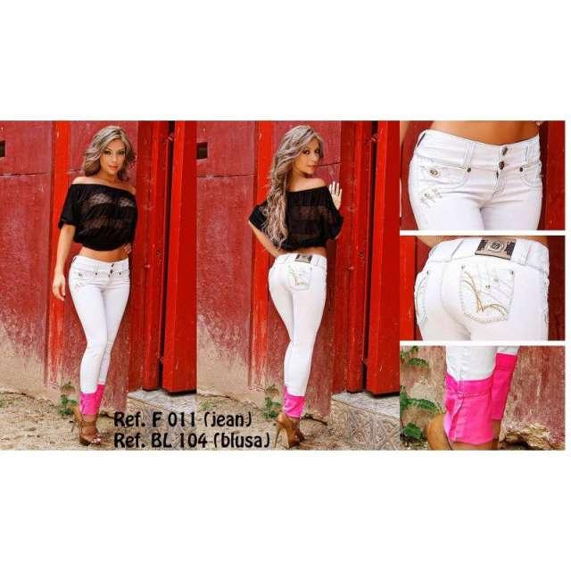 Lo mejor en jeans levanta cola, blusas y bodys