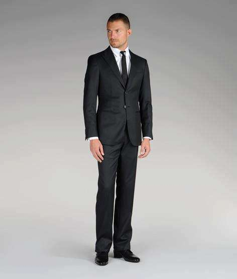 Nueva Colección Otoño-Invierno | Trajes de hombre: slim fit, clásicos, negros, elegantes Descubre nuestros trajes de caballero, americanas, chalecos y pantalones de vestir. ¡Compra hoy!