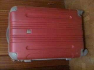 Maleta trolley rosa fucsia faraway (carrefour)