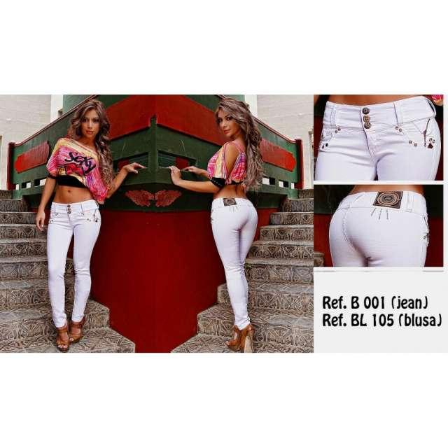 Jeans levantacola bumm y factu colombianos
