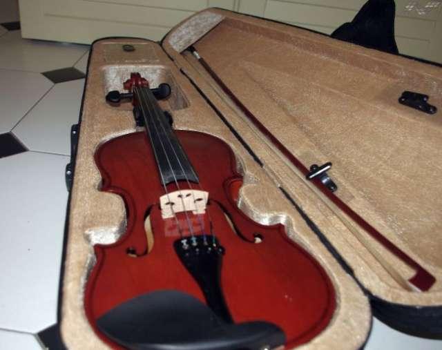 Vendo violin nuevo ideal para iniciarse!