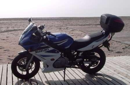 Vendo moto suzuky gs 500f, del año 2007.