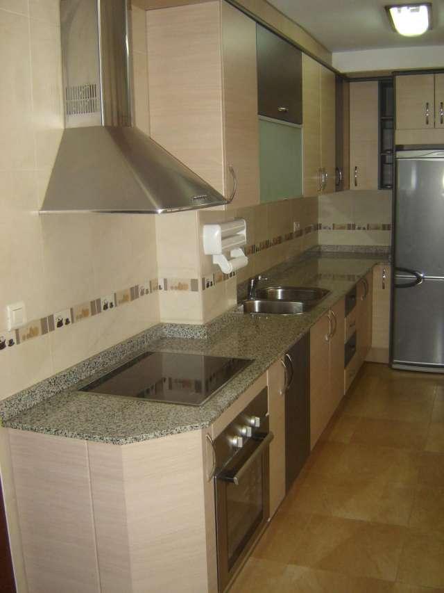 Vendo muebles de cocina best vendo muebles de cocina for Muebles usados murcia
