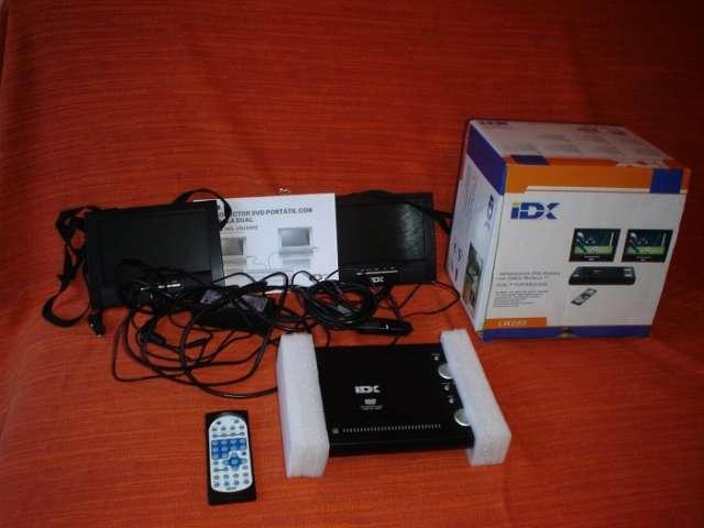 """Dvd idx con 2 pantallas 7"""" y cables de corriente"""