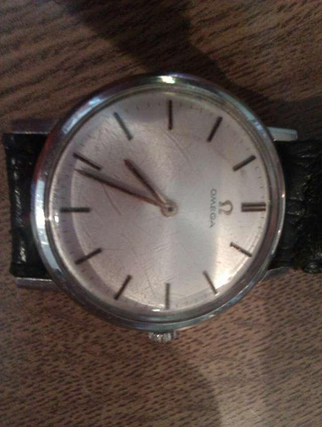 Vendo reloj suisso mecanico antigo omega