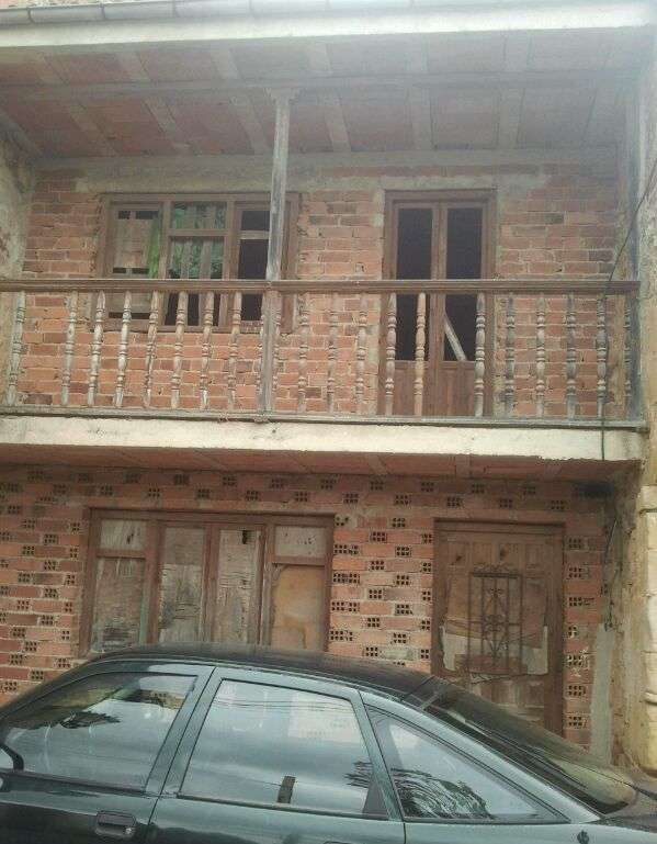 Casa pareada en valoria (udías) a 5 km de comillas