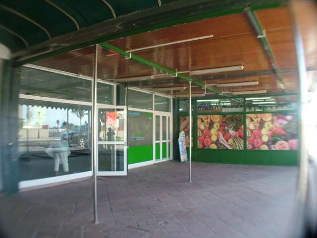 Local comercial en zona caliente de la zona de fuerteventura conocida como corralejo