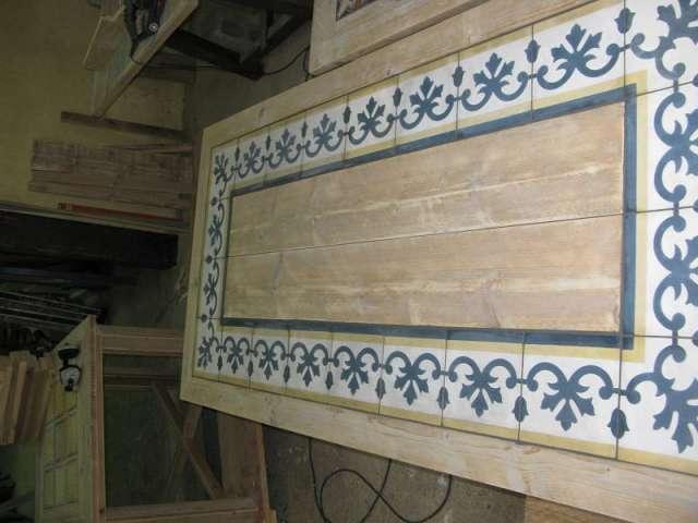 Pin fotos de antig edades recicladas arte fuerte on pinterest - Mesas con azulejos ...
