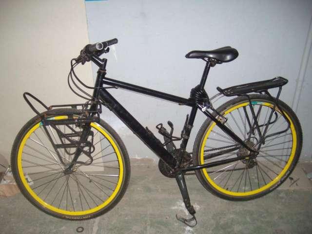 "Economica bicicleta negra cuadro 27"""