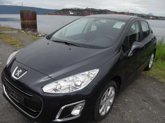Peugeot 308 1.6 hdi active 2011