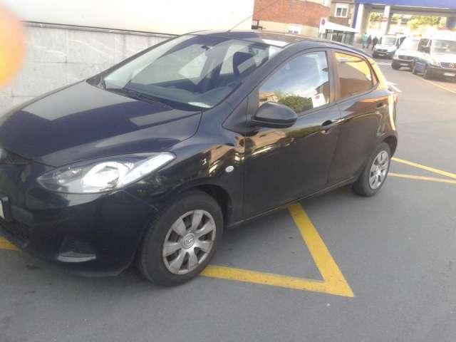 Mazda 2 active 1.3 75000km.coche en perfecto estado