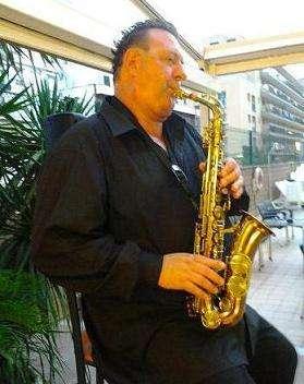 Saxo-flauta-clarinete y guitarra para bodas y eventos