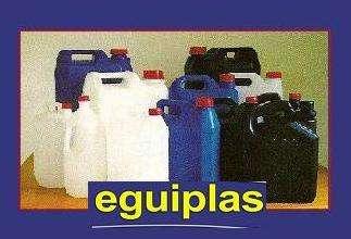Venta de bidones y garrafas de plástico