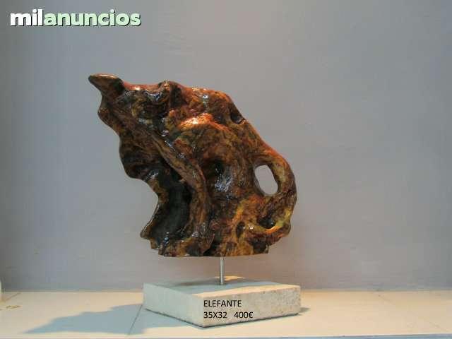 esculturas abstractas de madera de olivo ver estas fotos en detalle