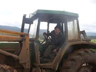 Matrimonio rumano busca trabajo en finca/ganaderia