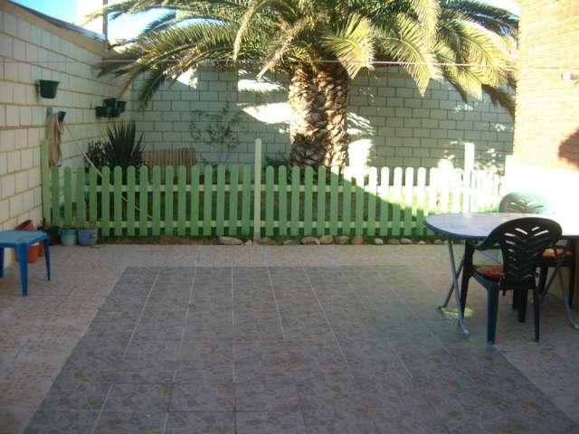 Casa con jardin total 270 m2 en milagro (navarra)