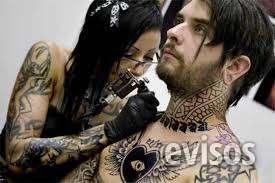 Curso de tatuador y piercing con prácticas, matrícula gratis.